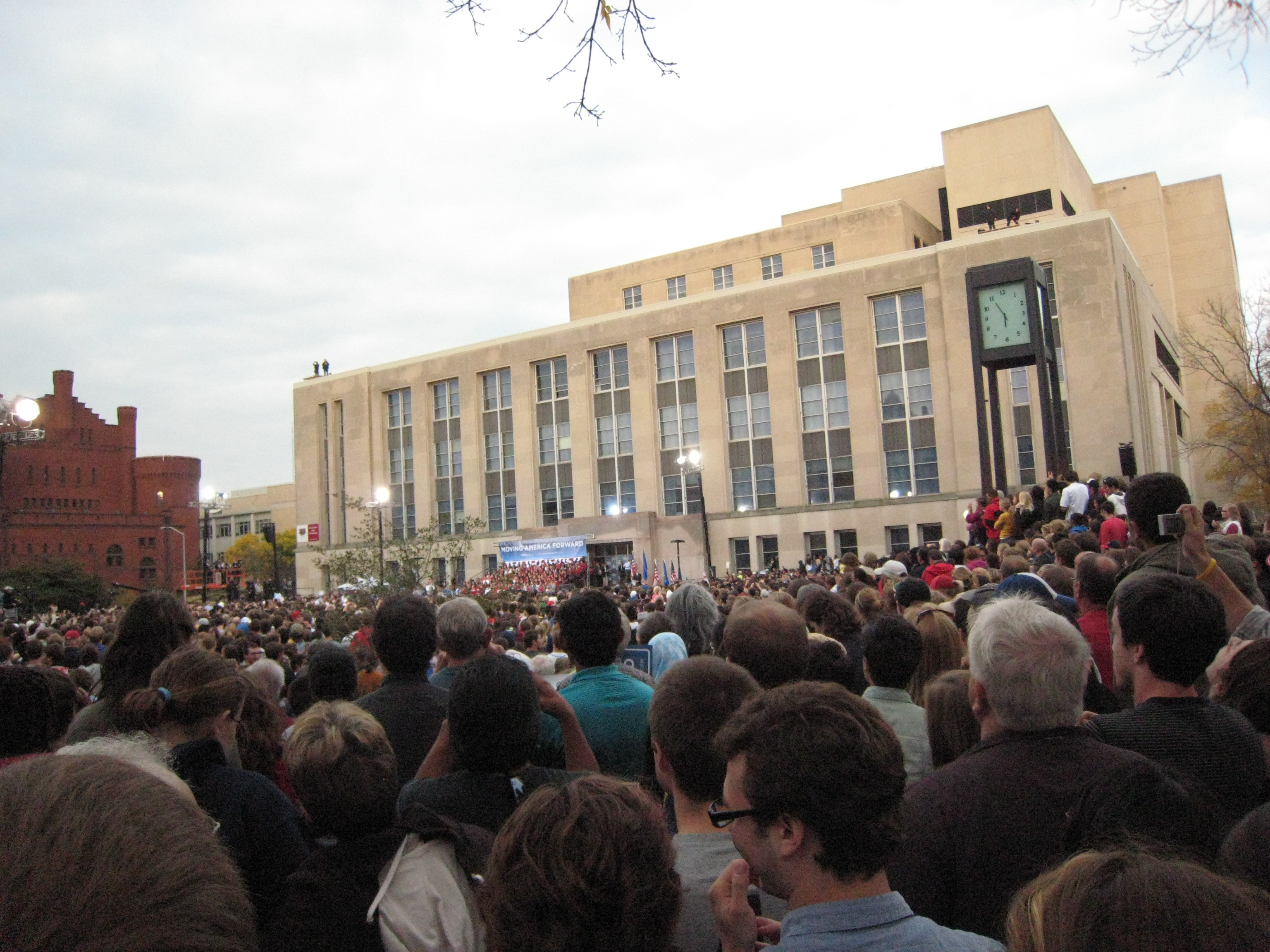 Library Mall, Obama 2010